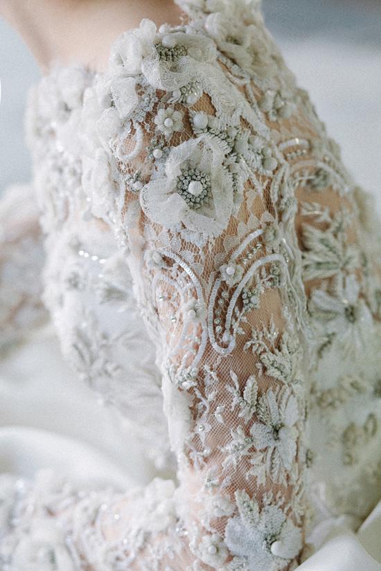 Vestido-de-boda-digno de desmayarse-Detalles-Sarah-Nouri-Detallado-Mangas-Polkadotbride