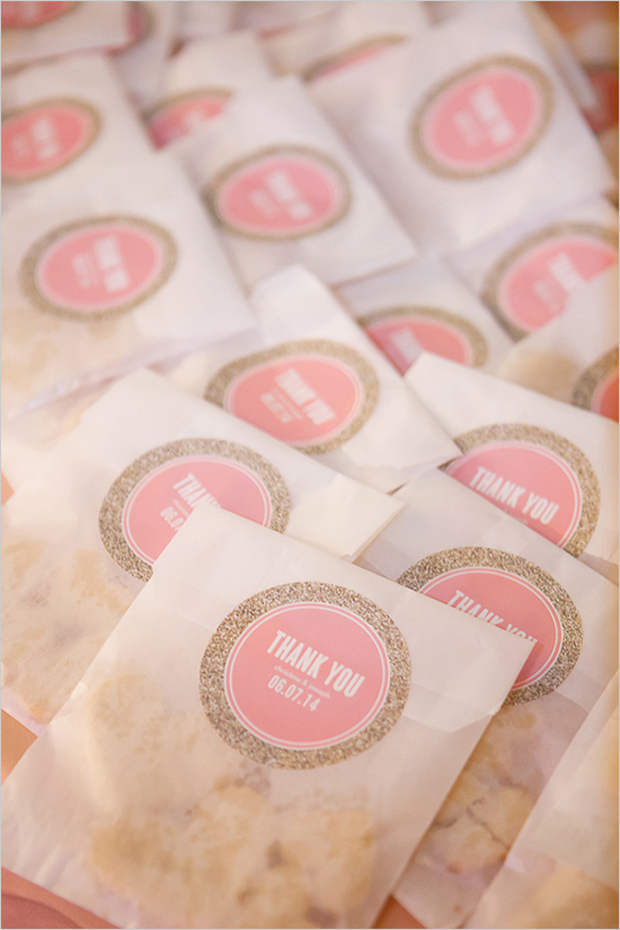 13 sweet personalised decor ideas for your big day for Stickers for wedding favors