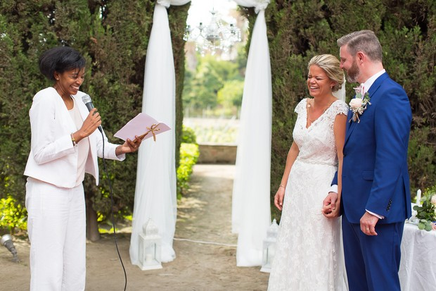 13-Humanist-Wedding-Ceremony-Spain-Outdoors-weddingsonline