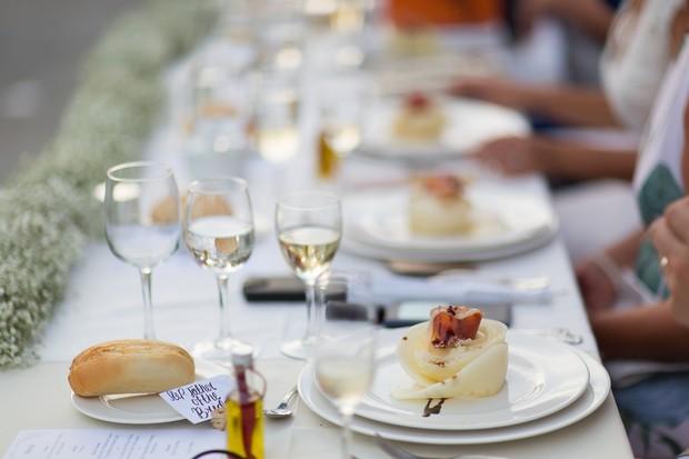 22-real-wedding-marbella-spain-outdoor-reception-weddingsonline (3)