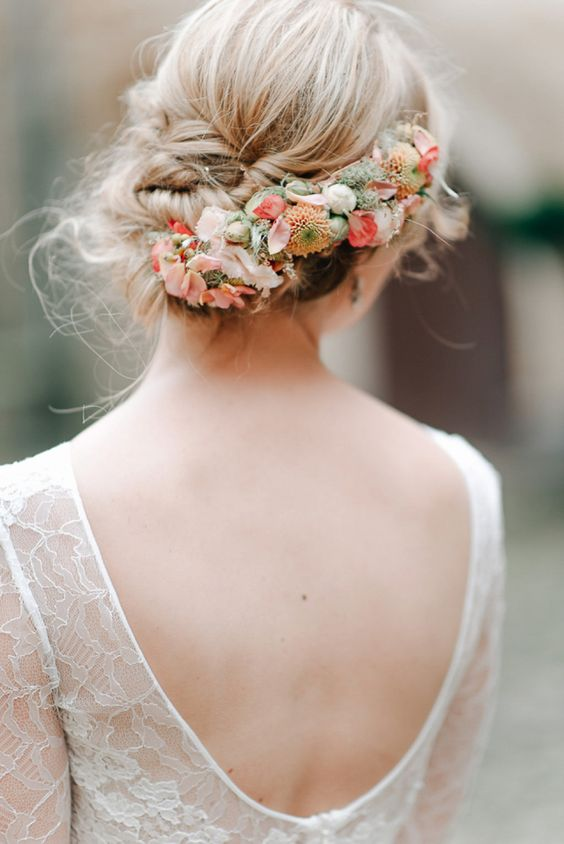 Boho-wedding-hair-fresh-flowers-peach-up-do