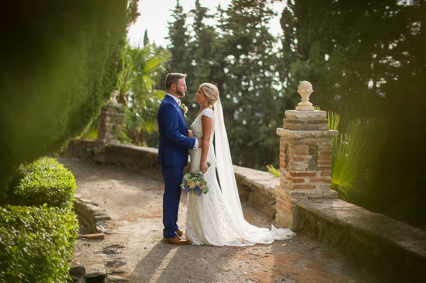 An elegant sunlit wedding in spain by owen farrell for Where can i get my wedding dress steamed