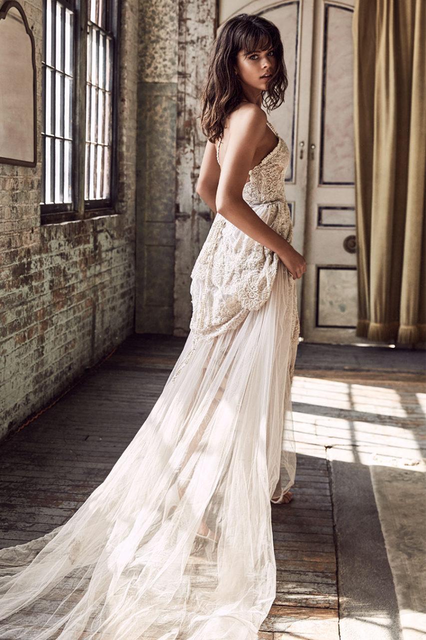 Grace-Loves-Lace-Blanc-Colección-Liberty-weddingsonline