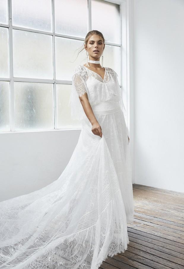 Grace-Loves-Lace-Blanc-Colección-Sofia-1-weddingsonline