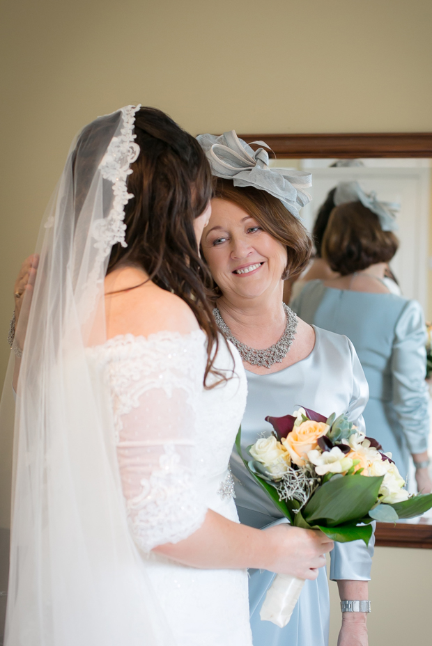 Mother-of-the-Bride-Daughter-Wedding-Photo