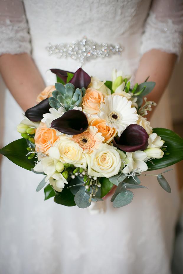 Rustic-Autumn-Wedding-Bouquet-Succulents