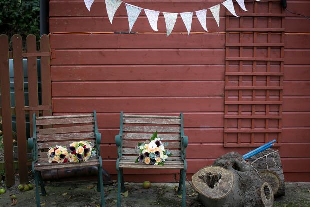 Rustic-Barn-Wedding-Decor-Bunting-Hu-OReilly-weddingsonline