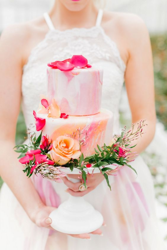 Watercolour-wedding-cake-pink-orange