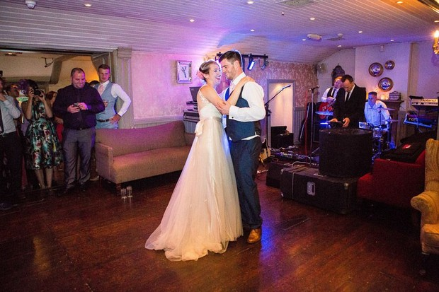 anglers-rest-real-wedding-julie-photo-art-first-dance