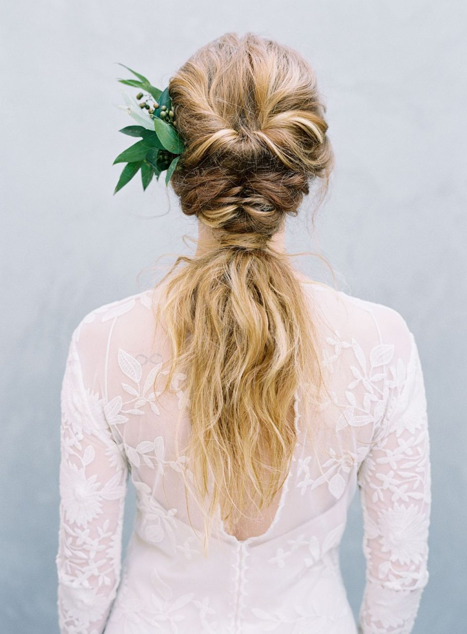 boho-style-wedding-up-do-braided-pony-Austin-Gros-Photography