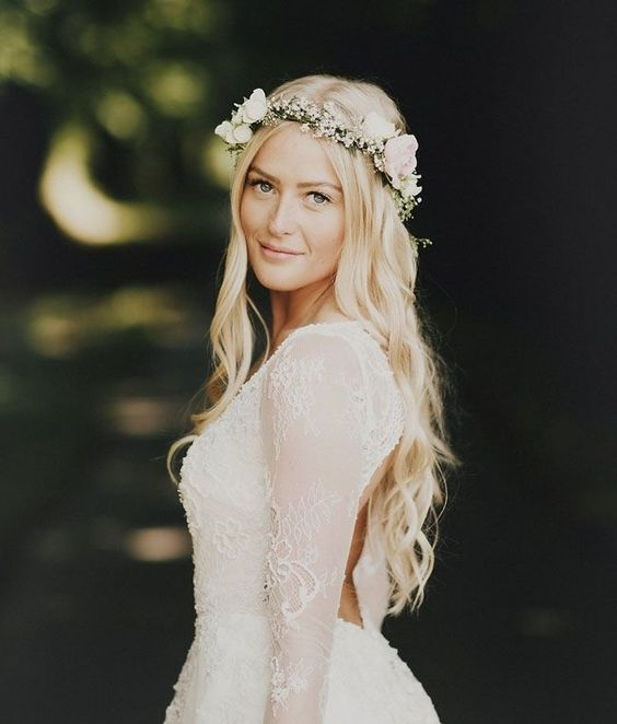 Boho style wedding hair down summer