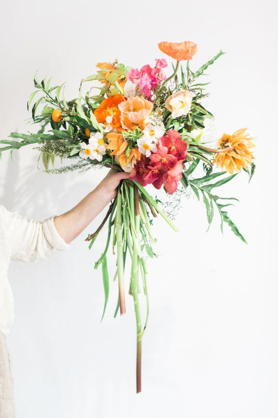 bold-bright-colourful-summer-wedding-bouquet-weddingsonline