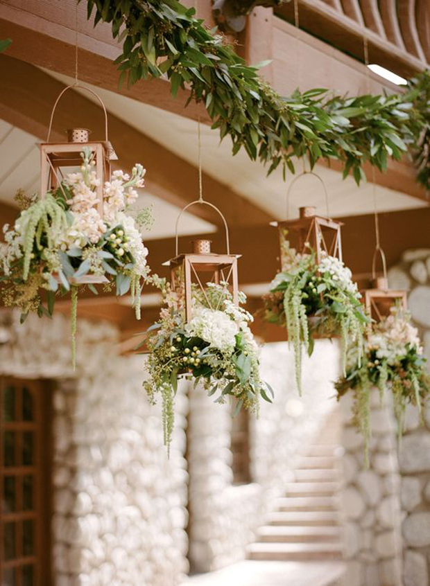 25 of the Loveliest Ways to Include Lanterns in Your ...