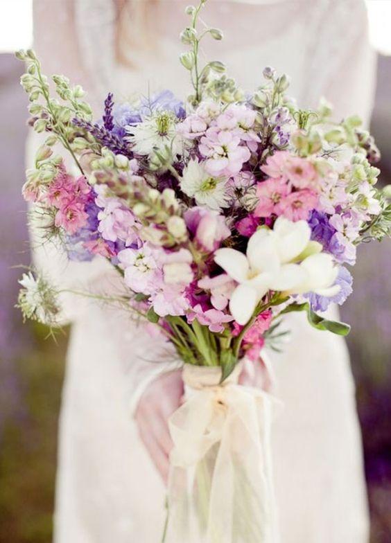 lilac-purple-tone-summer-wedding-bouquet-gerbera-dahlia