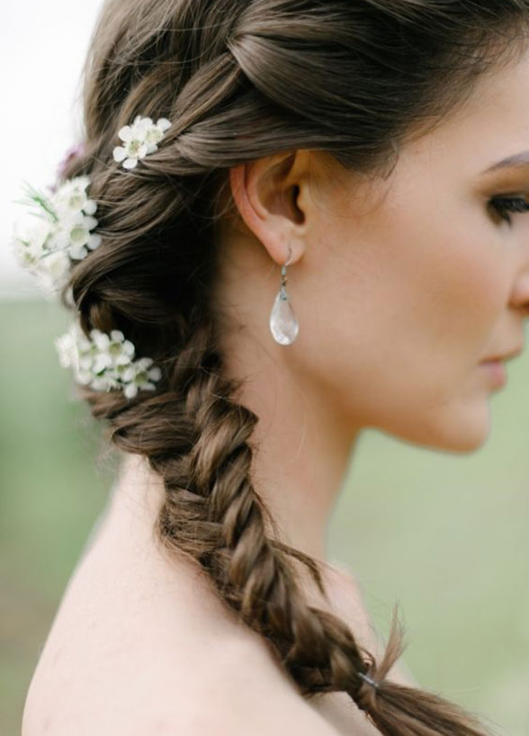 modern-fishbone-wedding-hair-style-summer