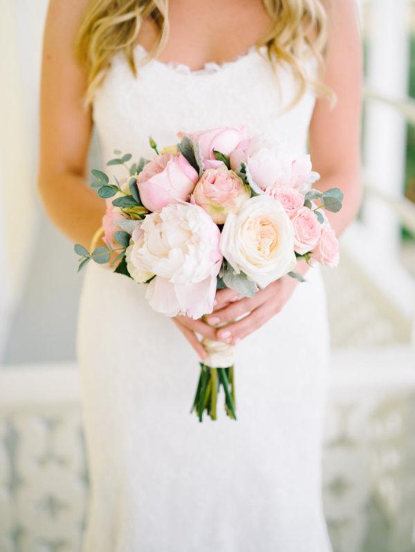 pink-pastel-peony-summer-wedding-bouquet