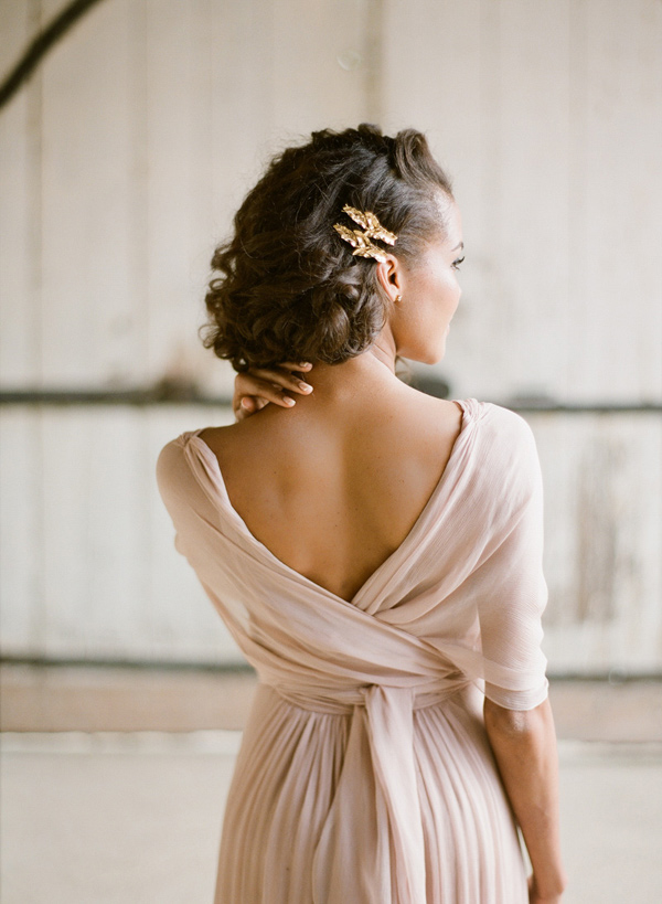 Ruffled - photo by Greg Finck Photography http://ruffledblog.com/modern-romantic-wedding-in-provence