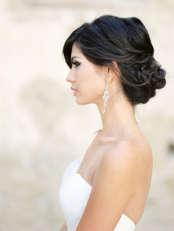 soft-elegant-modern-summer-wedding-hair-style-up-do