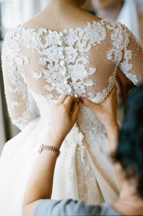 18 Backless Wedding Dresses that\'ll take your Breath Away! – Mrs2Be