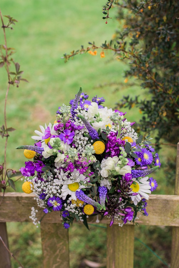 10-Country-theme-wedding-Purple-Yellow-Billy-Bouquet-Kathy-Silke-Photography-weddingsonline