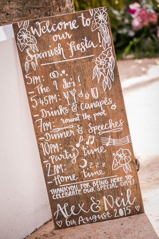 15-wedding-day-plan-sign-schedule-weddingsonline