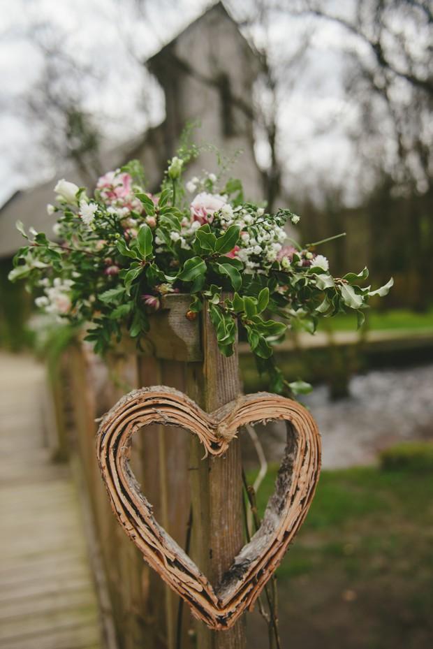 18-Wooden-heart-decor-Brooklodge-Wedding-Emma-Russell-Photography-weddingsonline