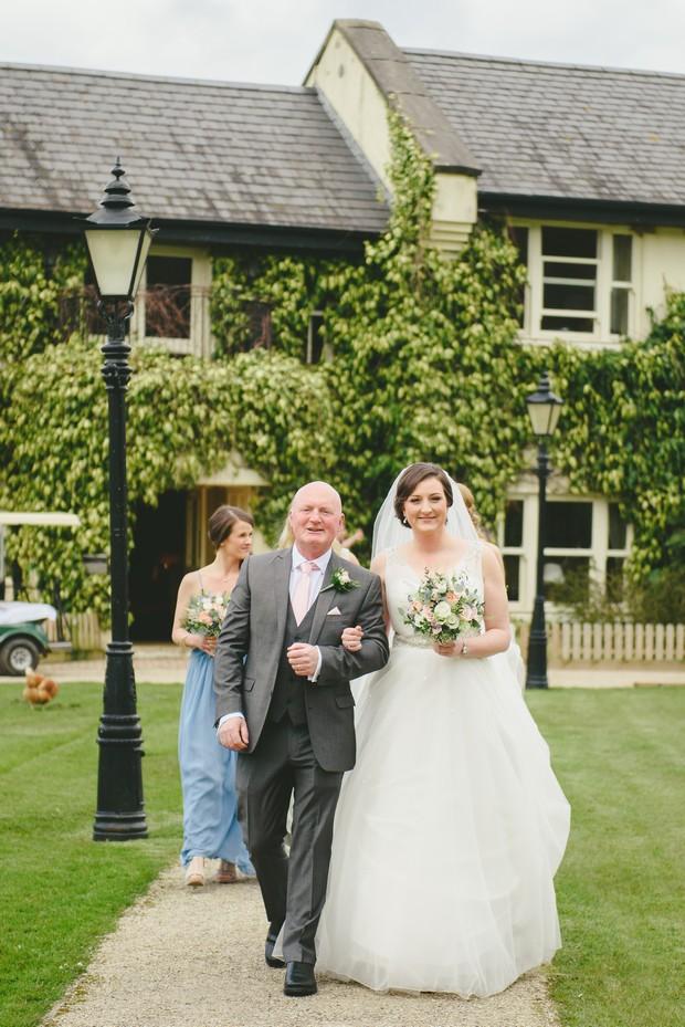 21-Real-Wedding-Brooklodge-Emma-Russell-Photography-weddingsonline