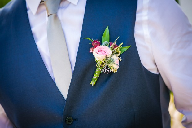 28-elegant-groom-boutonniere-pink-navy-weddingsonline
