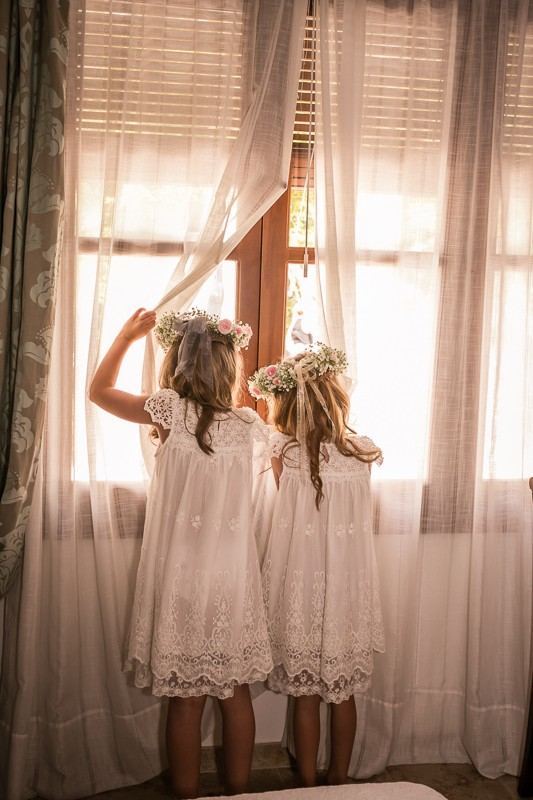31-cute-flower-girl-photos-boho-dress-flower-crown-weddingsonline