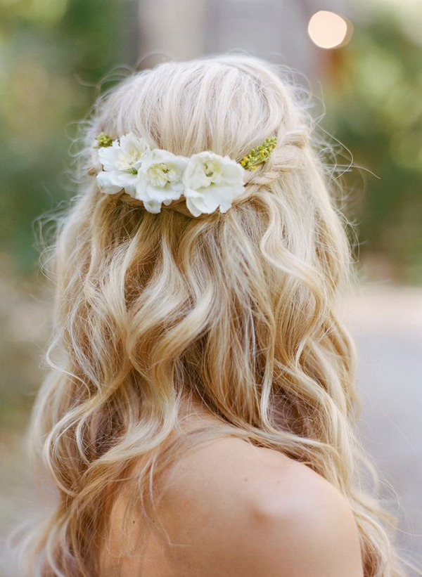 16 stunning half up half down wedding hairstyles weddingsonline braided loose waves hal up half down wedding junglespirit Images