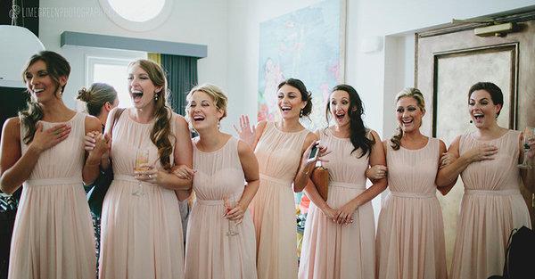 bridesmaid-first-look-wedding-photo-morning-wild-photography