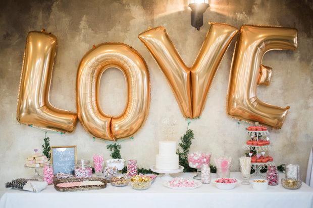 budget-decor-love-balloons