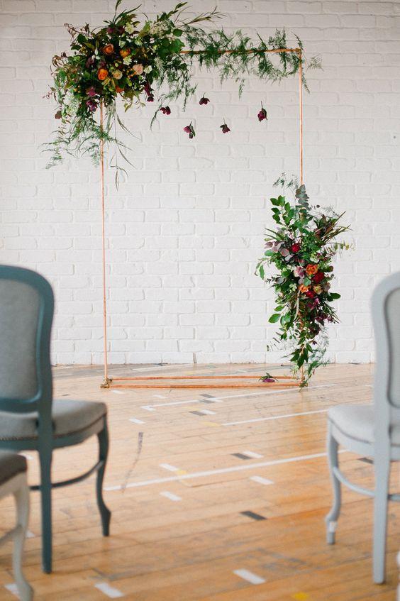copper-altar-alternative-ceremony-decor-weddingsonline
