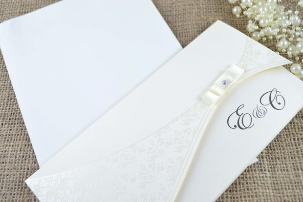 diamante-monogram-classic-wedding-invitation-by-foxford-ateier