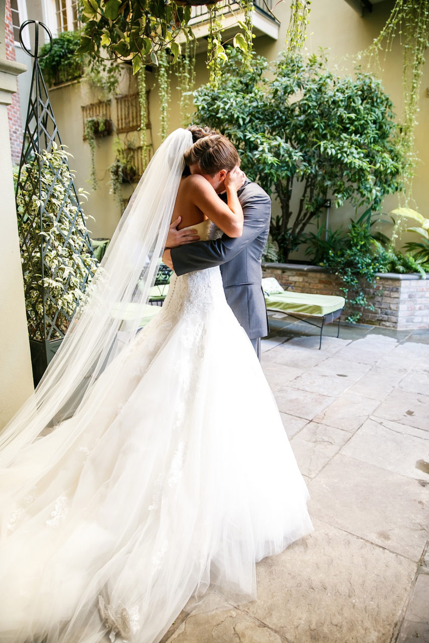 first-look-wedding-stevie-ramos-photography
