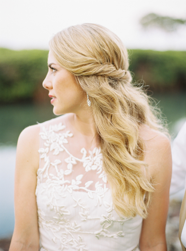 twisted-half-up-half-down-wedding-hairstyle