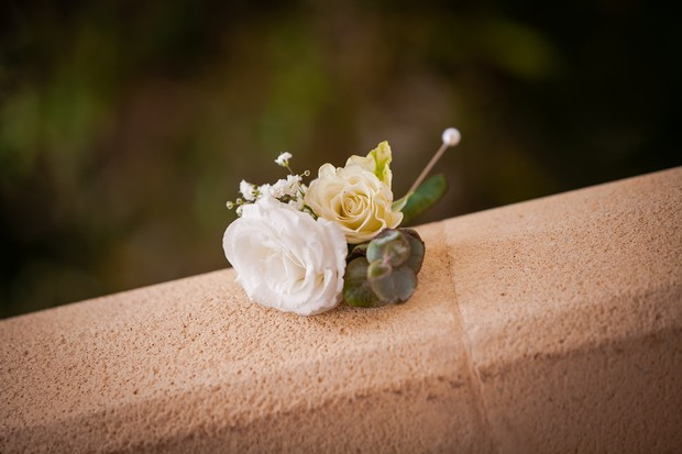 2-White-Rose-Boutonniere-Elegant-Wedding-weddingsonline