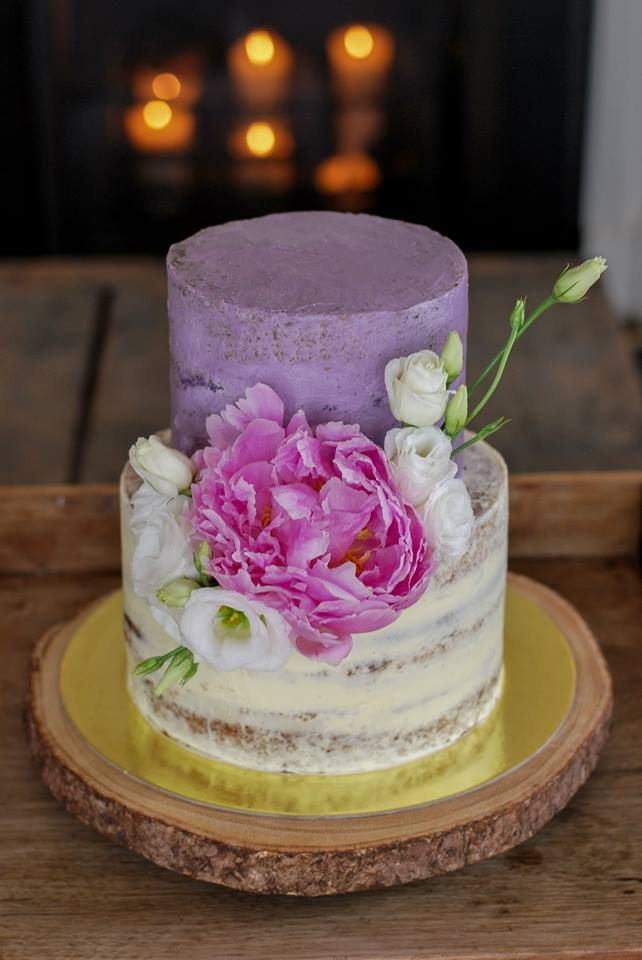 17 Incredibly Beautiful Wedding Cakes By Irish Bakers