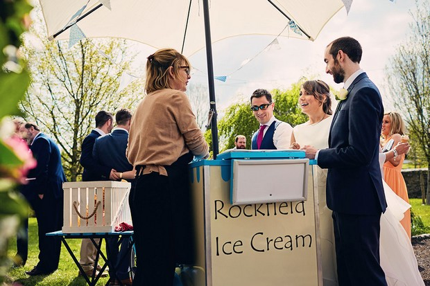 32-Rockfield-ice-cream-wedding-ceremony-vintage-van-weddingsonline