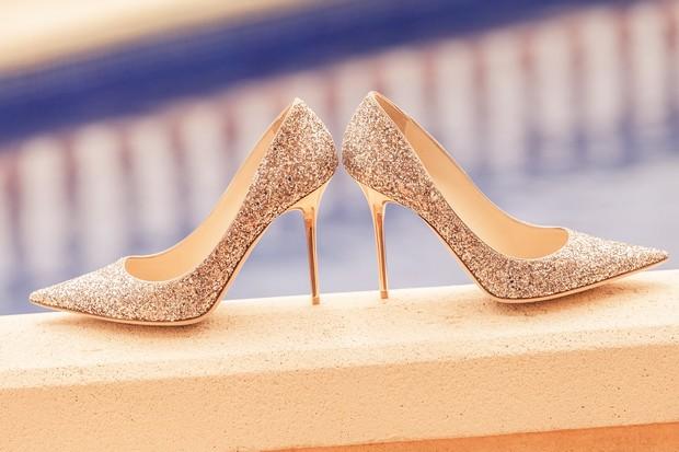 4-Sparkly-Silver-Wedding-Shoes-Pumps-Jimmy-Choo-weddingsonline