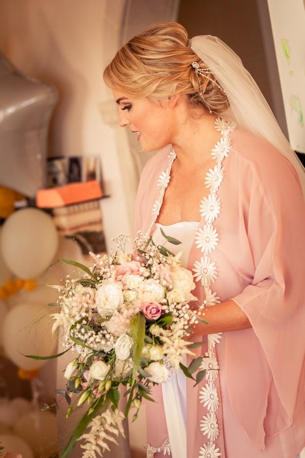 5-Wedding-Morning-Bride-Getting-Ready-Pink-Silk-Robe-weddingsonline