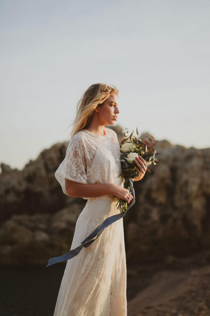 Immacle-vestidos-de-novia-novia-bohemia-destino-estilo-playa-weddingsonline