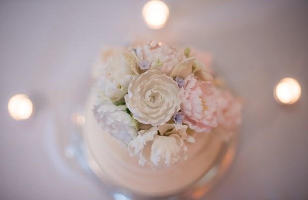 Wedding-Cake-Aerial-Shot-Neutral-Floral-Topper