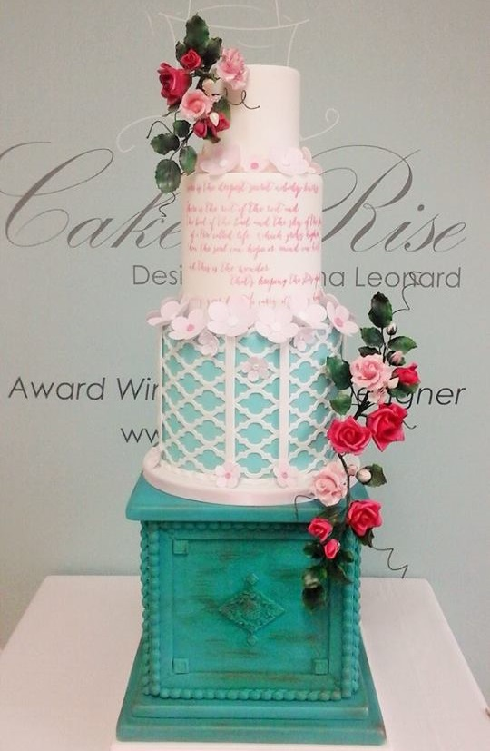 classic-sugar-craft-wedding-cake-tall-cake-rise-ireland