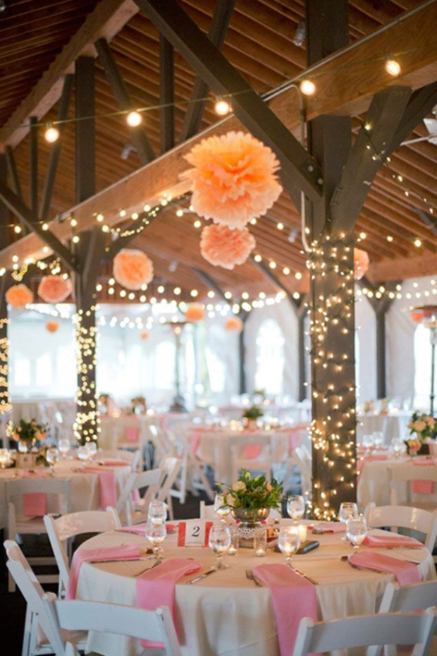 hagning-coral-pom-poms-wedding