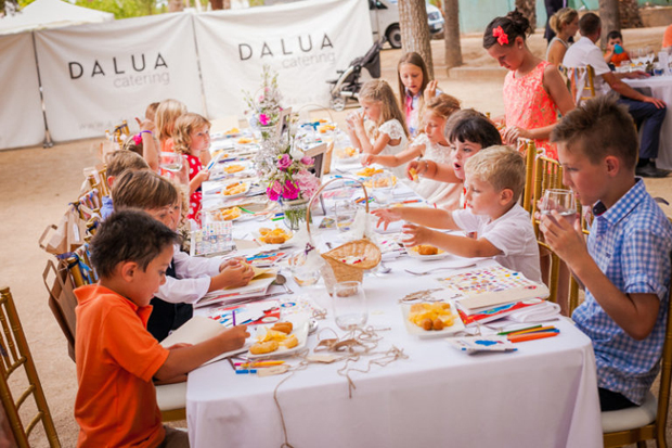 kids-table-wedding-babysitters-childminder