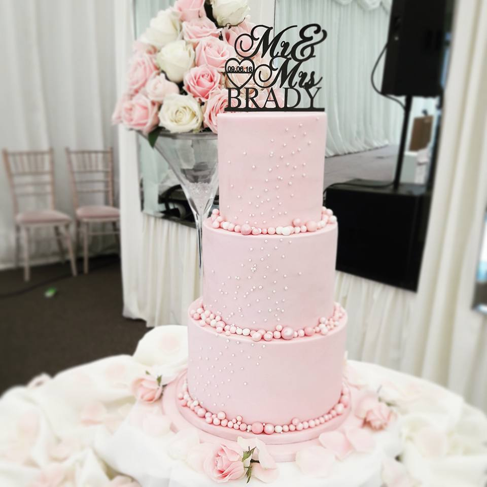 pink-pearl-wedding-cake-tall-tier-victorias-heavenly