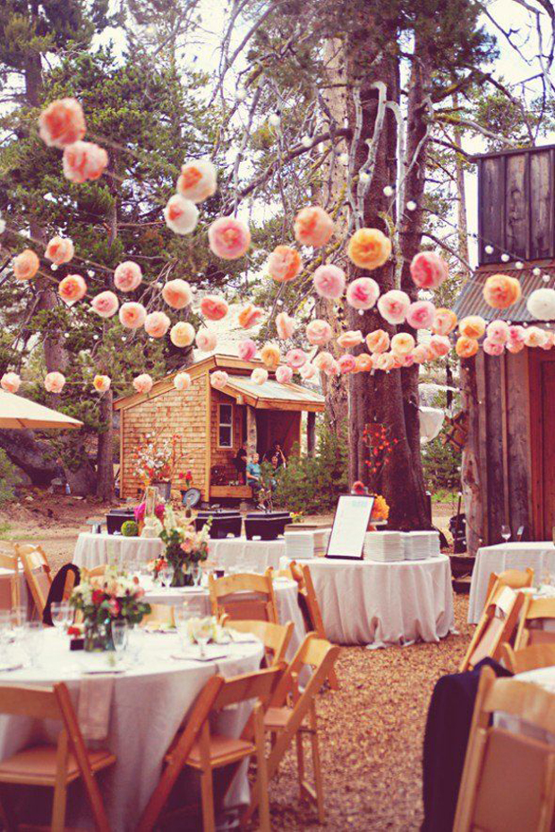pom-pom-garlands-wedding-reception