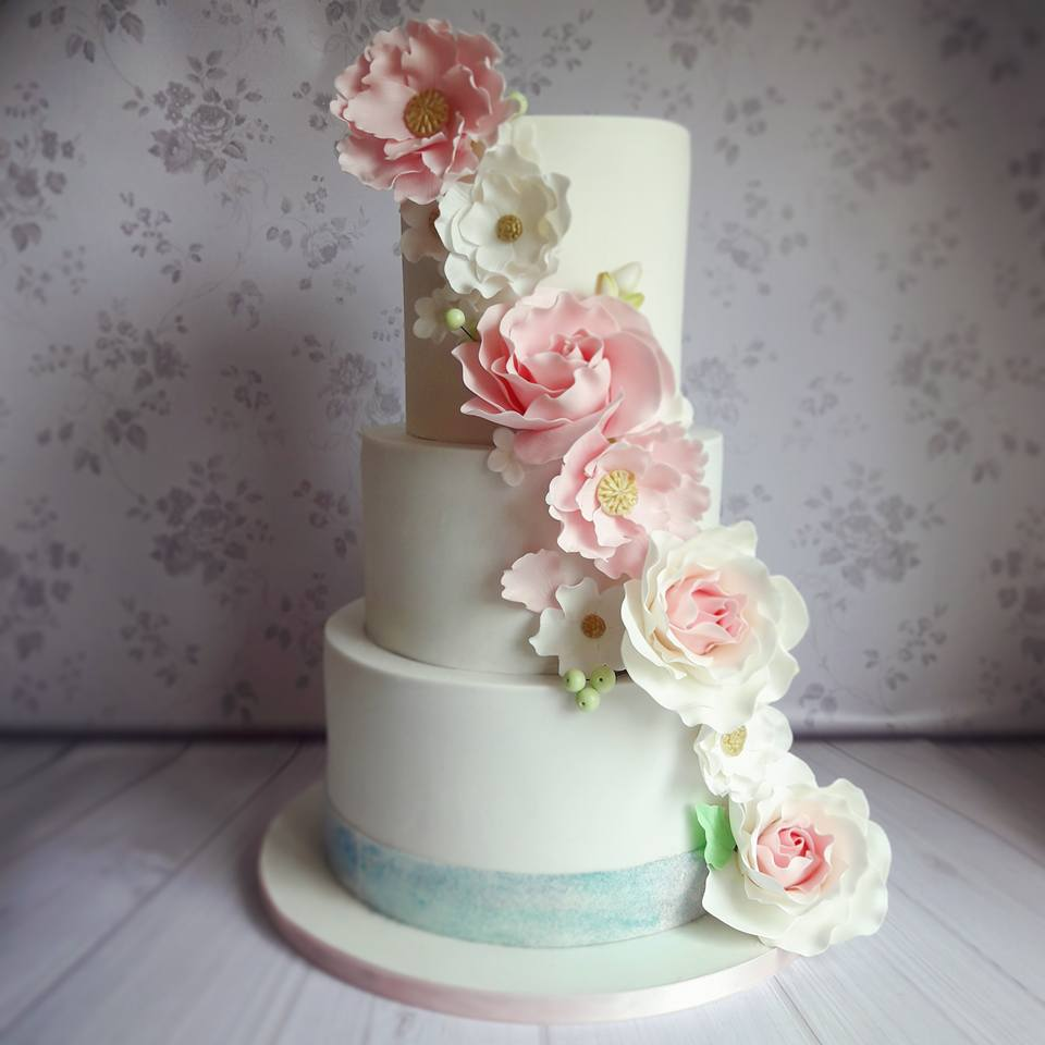 wedding cakes modern designs 17 incredibly beautiful wedding cakes by bakers 25045