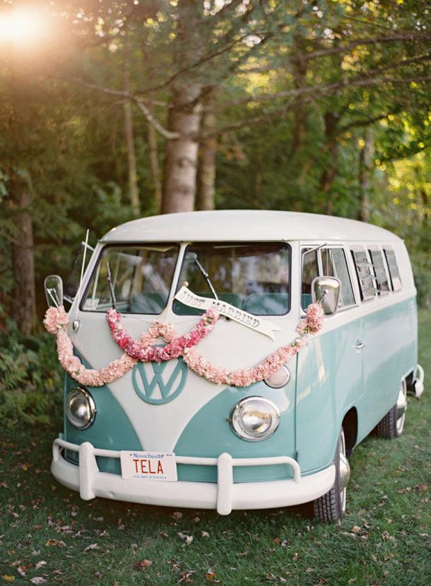 wedding-getaway-car-with-floral-garlands